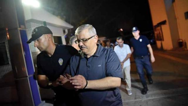 Ergenekon Savıcısı Tutuklandı!