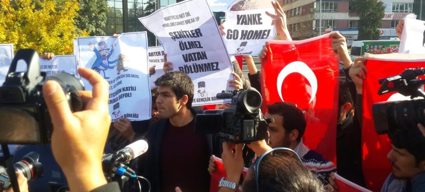 PKK/PYD'ye Silah Veren ABD Bakanı Türkiye'de Rahat Gezemez!