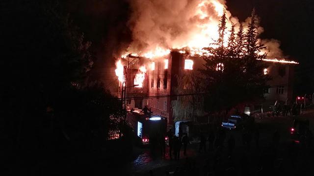 Cumhuriyet; Aladağ'daki Kızlarımızın 'Yangın Merdivenidir'