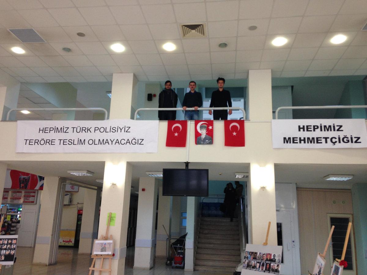 Kırıkkale Üniversitesi'nde Vatansever Gençler Şehitlerimizi Andı