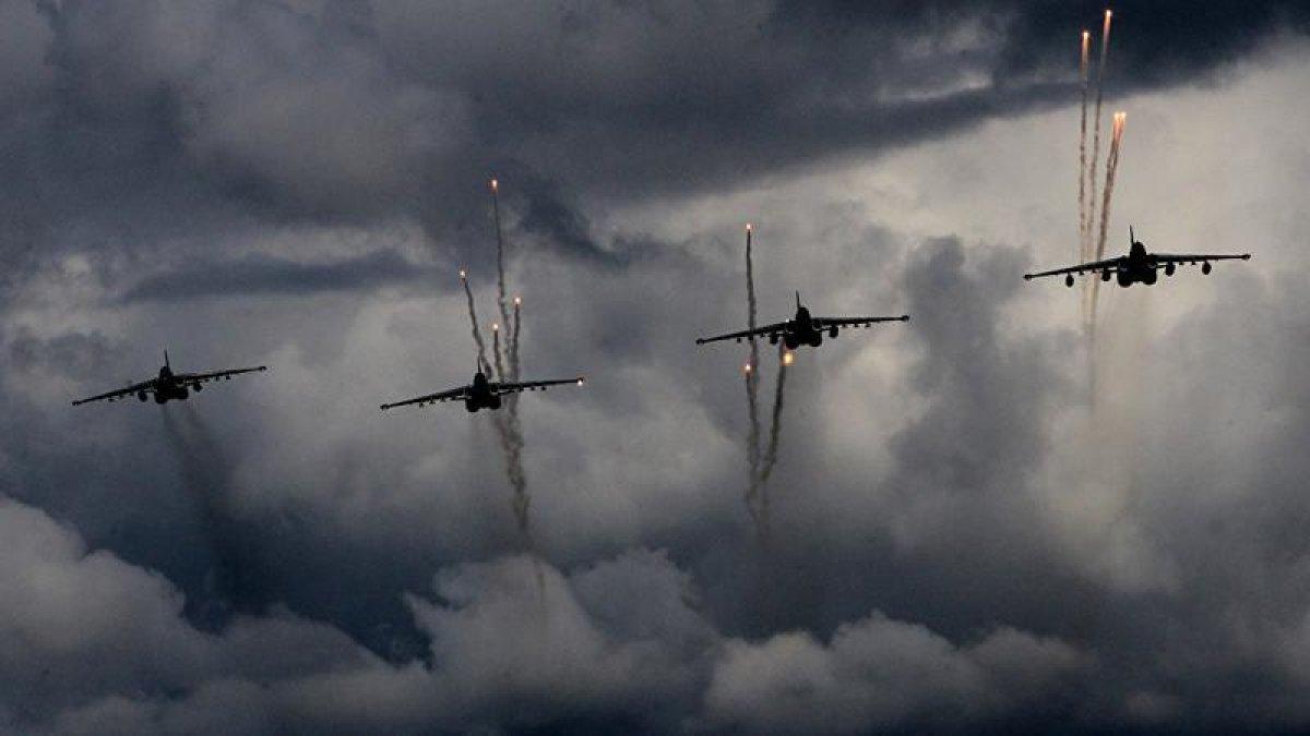 Rusya'dan TSK'ya Destek: Rus Savaş Uçakları El-Bab'ı Vurdu!