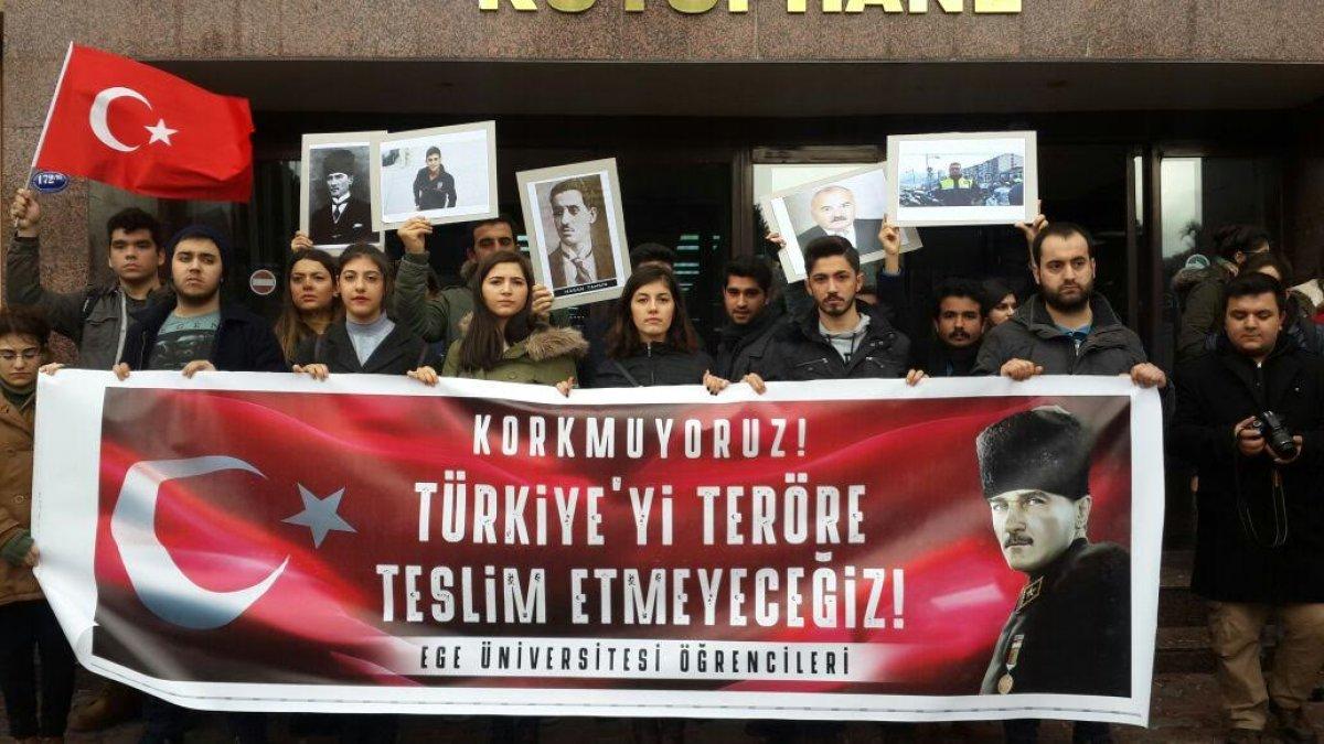 Ege Üniversitesi öğrencileri teröre karşı ayağa kalktı!