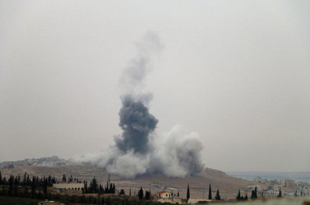 Fotoğrafta Akil Dağı'ndaki hastenede yaşanan çatışmanın şiddeti olanca gerçekliği ile gözüküyor.