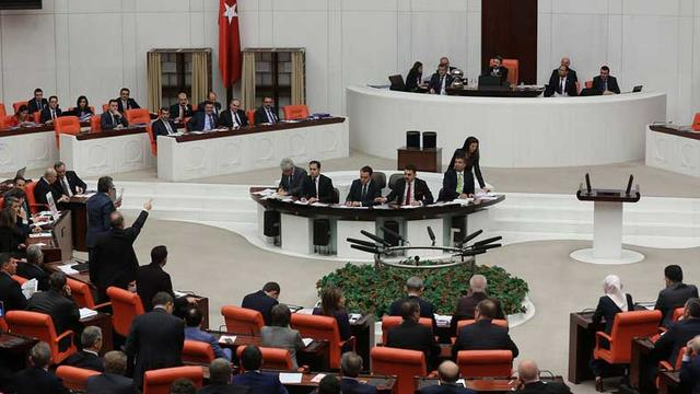 Yeni anayasa ve 18 yaş tartışmaları