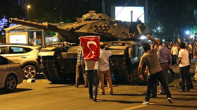 'Hayır' korkusu Kemalistlere iftira attırıyor