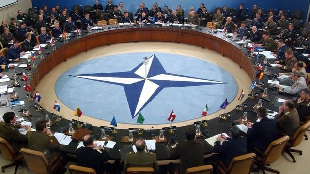 NATO'ya Türkiye'ye müdahale et çağrısı!