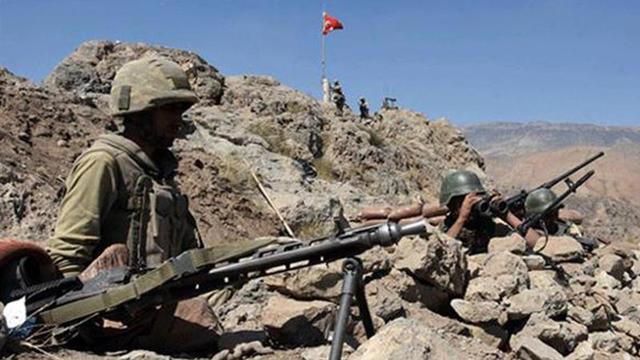 Mehmetçik Kars'ta PKK'ya nefes aldırmıyor!