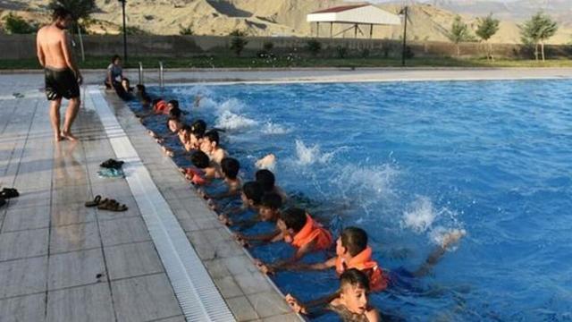 Mardin'de terörün izleri yüzme kursuyla siliniyor