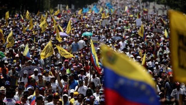 Venezuela'da devrim içinde devrim