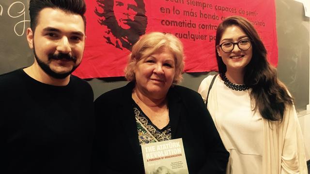 TGB Köln Che'nin kızı Aleida Guevara ile buluştu