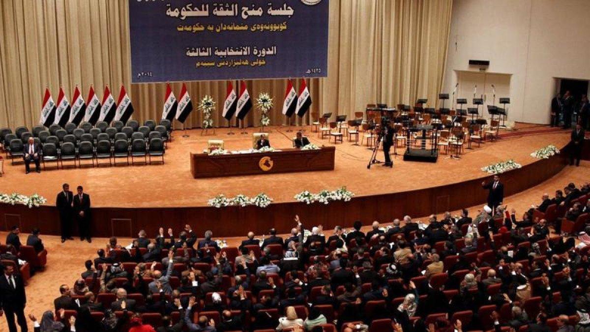 Irak meclisinin kapıları Barzani'ye kapandı!