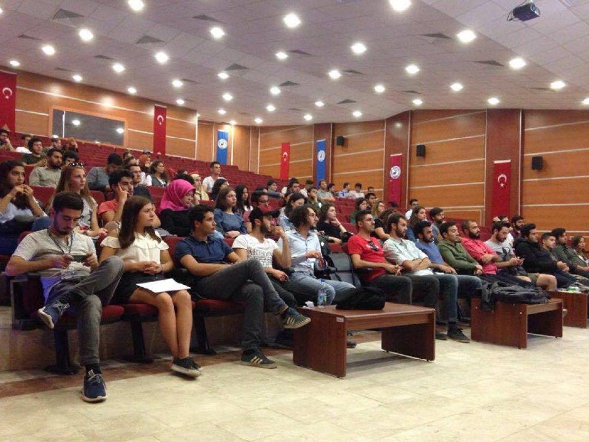 Pamukkale Üniversitesi'nde topluluk tanışma toplantısı yapıldı