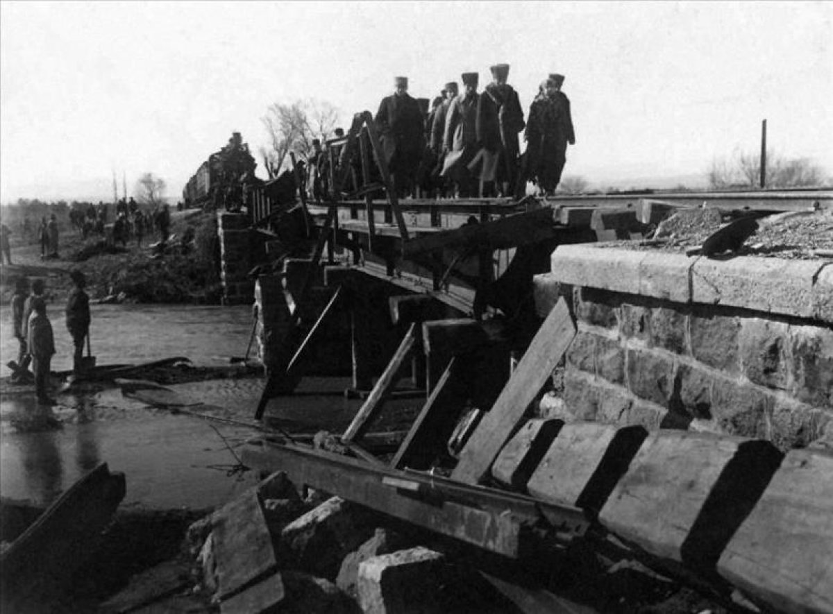 Devletin arşivindeki bilinmeyen Atatürk fotoğrafları