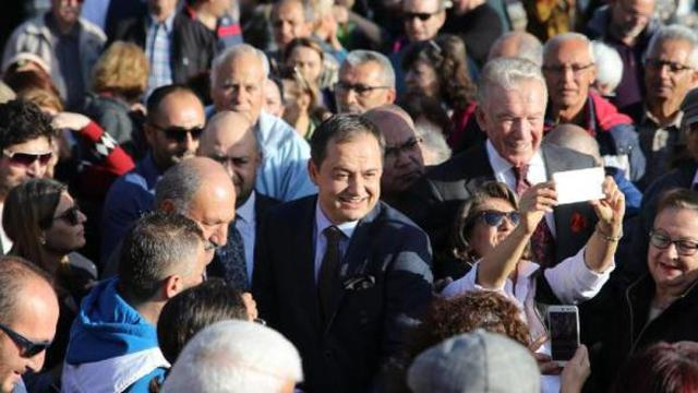 Gökmen Ulu İzmir'de coşku ile karşılandı