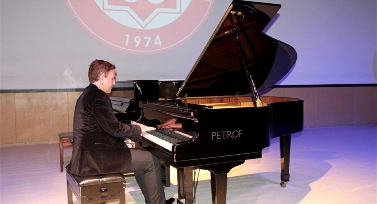 Filistin için konser veren Fransız piyanist: Türklerle gurur duyuyorum