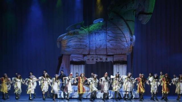 Anadolu Ateşi 5000. gösteri için sahneye çıktı