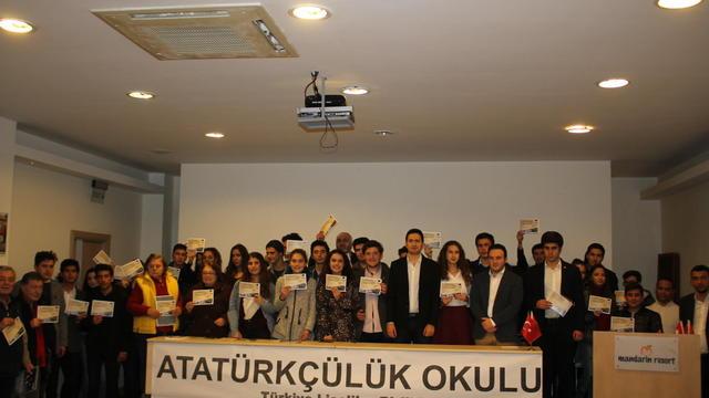 TaLeBe'ler Atatürkçülük Okullarında buluşuyor!
