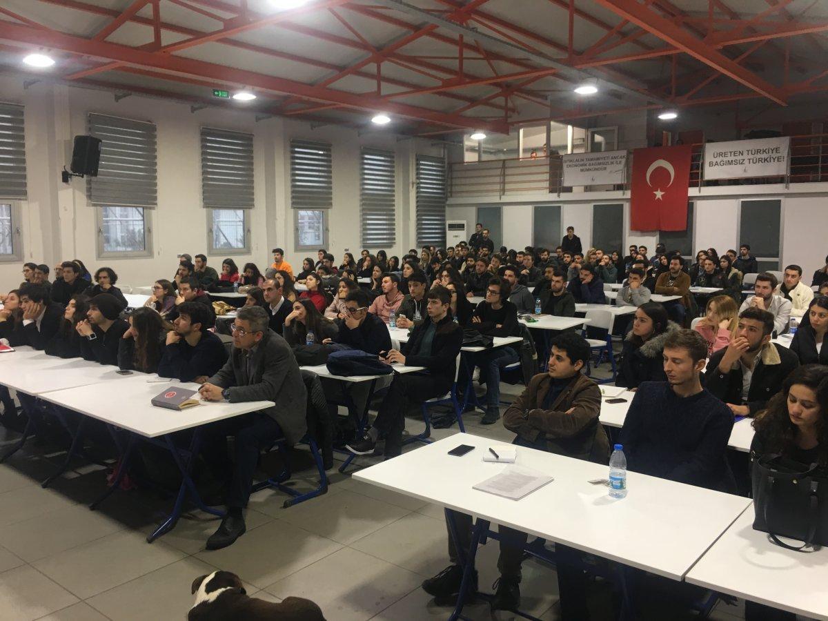 Dokuz Eylül'de Türkiye Ekonomisinin Dünü, Bugünü ve Yarını konuşuldu