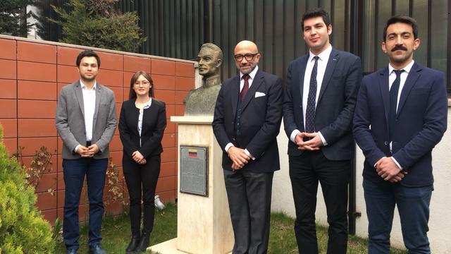 Venezuela Büyükelçisi uluslararası buluşmaya katılıyor