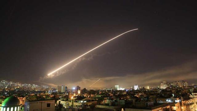 """ABD'nin Suriye'ye saldırısının amacı """"Güney Koridoru"""""""