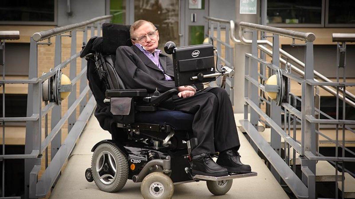 Hawking'in ölmeden önceki son makalesi: Çoklu evren