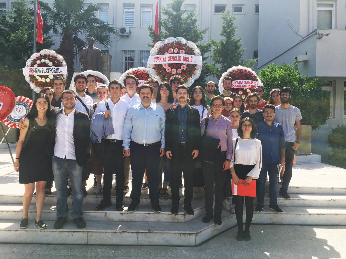 TGB İzmir 19 Mayıs'ı resmi tören ile kutladı