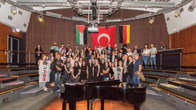 TGB Almanya'dan 19 Mayıs'a özel Atatürk sergisi