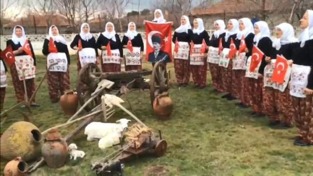 """""""Cumhuriyet Kadınları"""" belgesel oluyor"""
