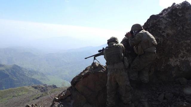 """Mehmetçik PKK'nın üzerine yürüyor: """"Kandil'e az kaldı!"""""""