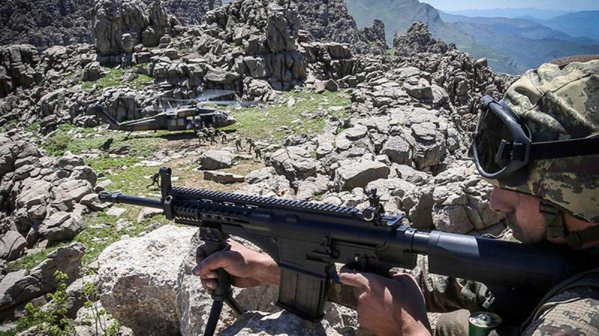 Kandil yolunda 400 km karelik alan PKK'dan temizlendi