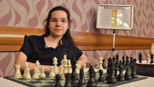 Handenur Şahin satrançla hayata tutundu