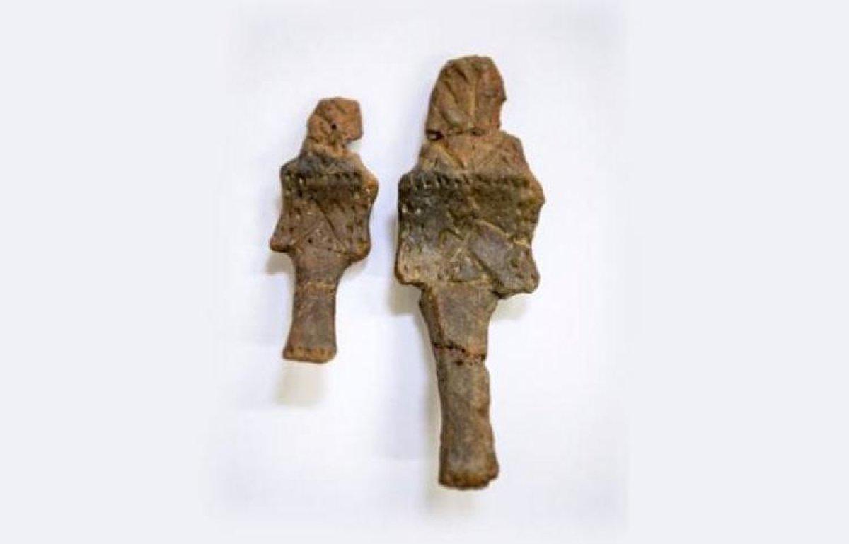 Beşiktaş kazılarında iki adet figürin bulundu
