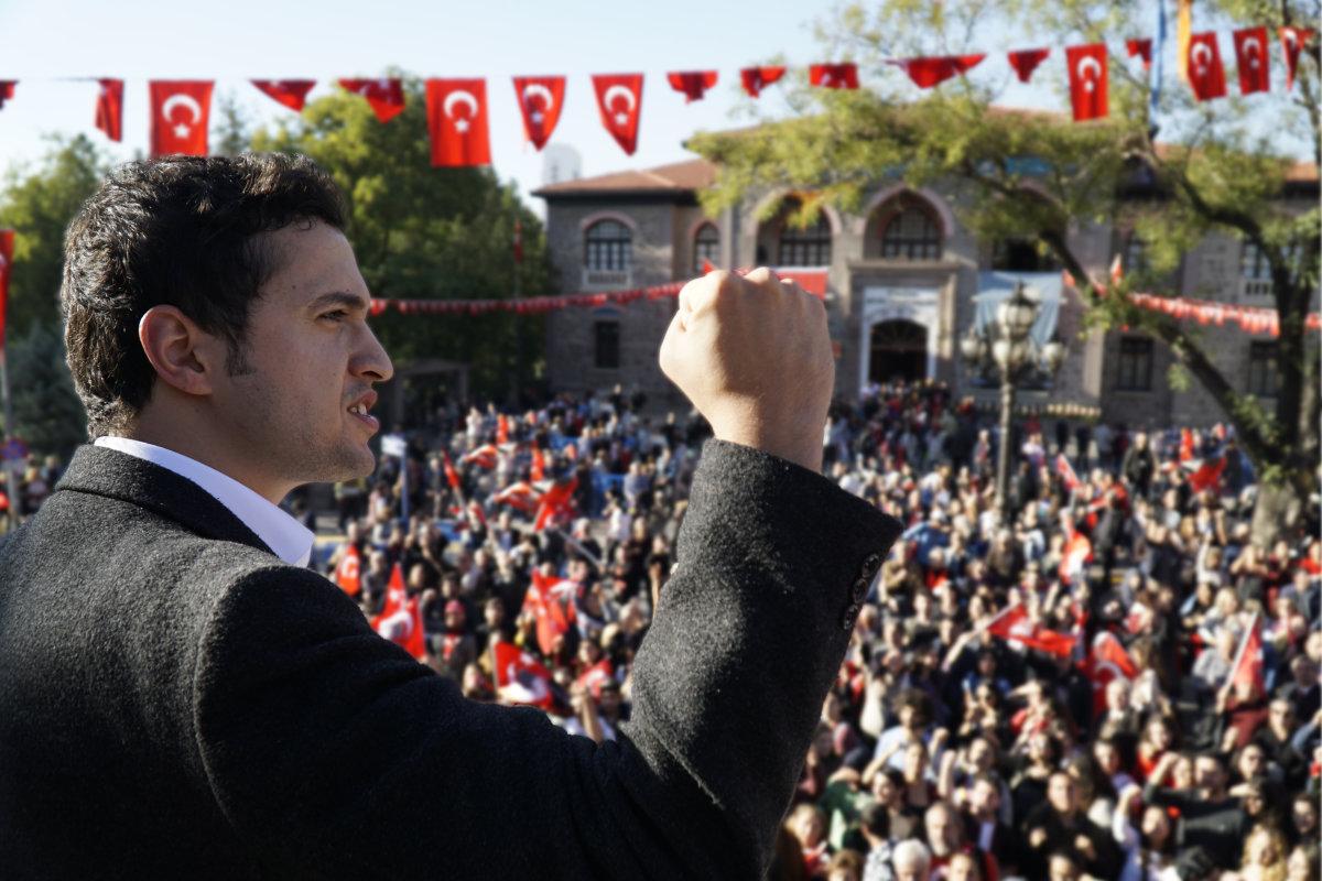 """""""Bağımsız Türkiye'yi Ellerimizle İnşa Edeceğiz!"""""""