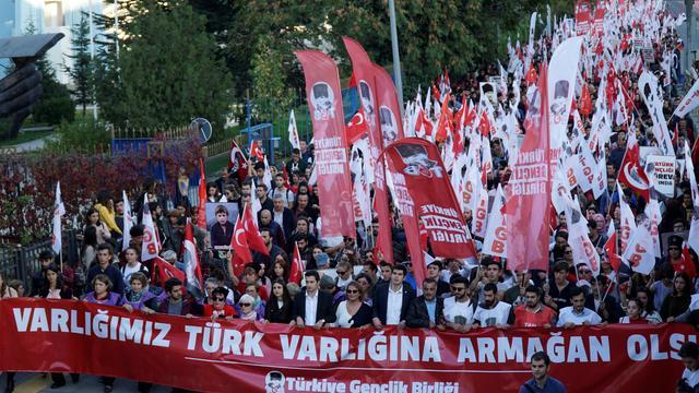 TGB Türk Milletini Yeniden Ayağa Kaldırdı