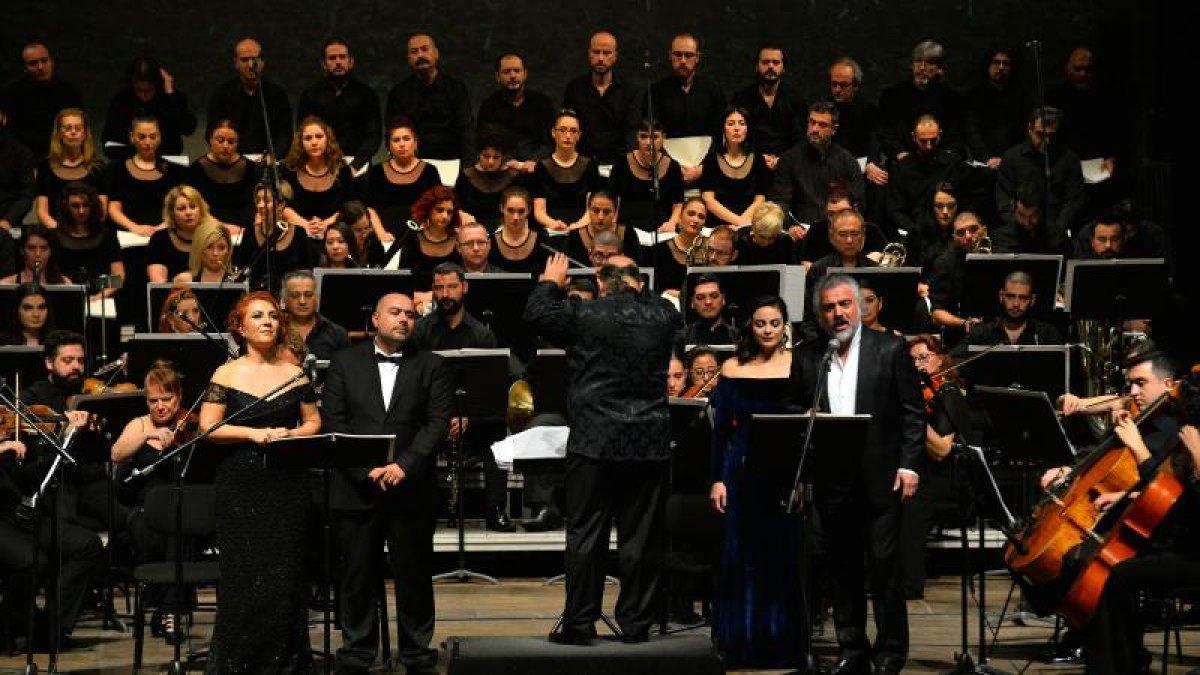 Neşet Ertaş'ın Eserleri Senfonik Olarak Seslendirildi