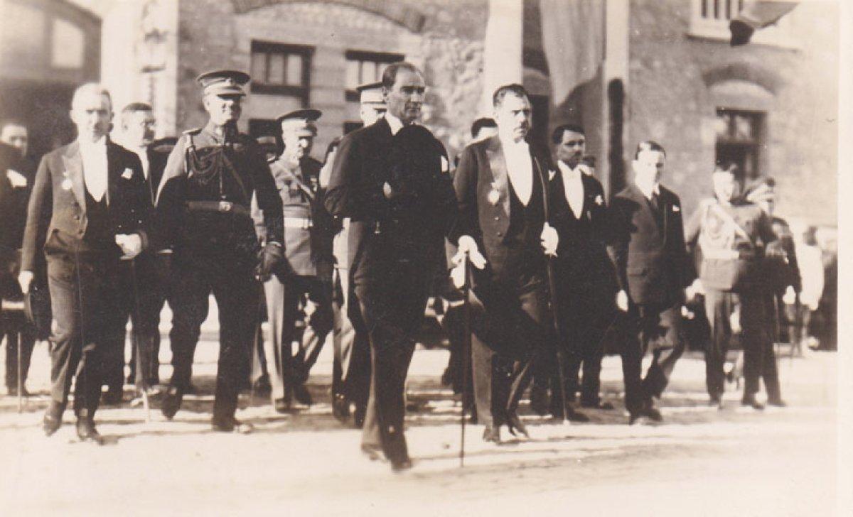 Kurtuluşun Parolası: Atatürk Programı