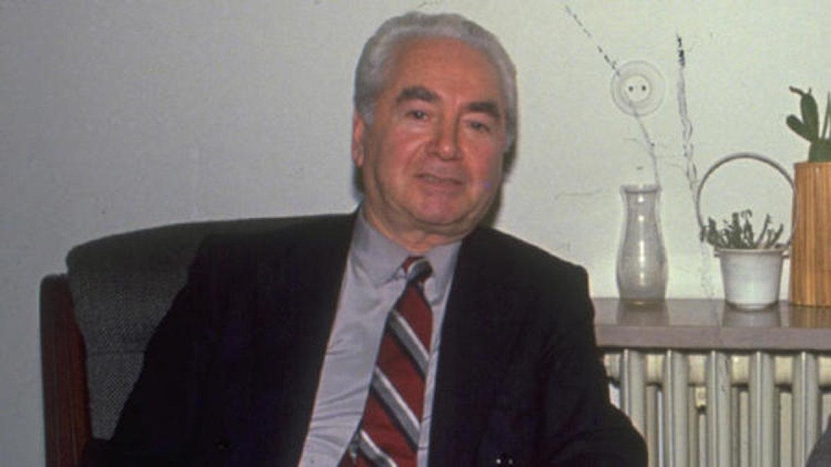 Cumhuriyet Devriminin Aydını: Muammer Aksoy
