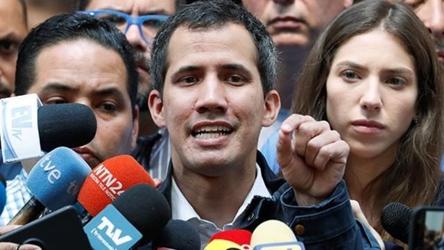 Darbeci Guaido'dan Venezuela'da Yabancı Askeri Müdahaleye Yeşil Işık