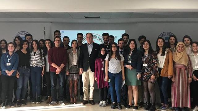 Denizli'nin Atatürkçü Gençleri Cem Gürdeniz'le Mavi Vatan'ı Konuştu