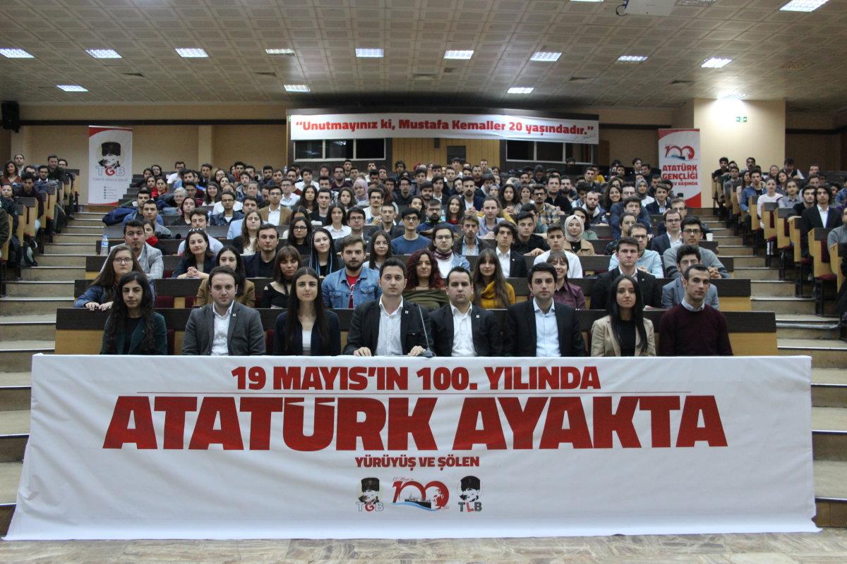 100. Yılında 100 Bin Genç İstanbul'da!