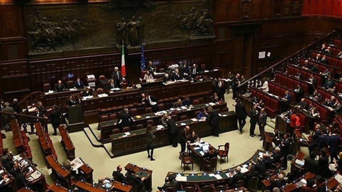 Emperyalist Yalan Kervanına İtalya da Katıldı!