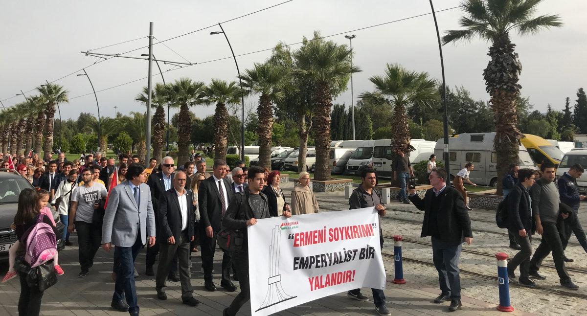 İzmir'in Vatansever Kurumları Soykırım Yalanına Karşı Yürüdü