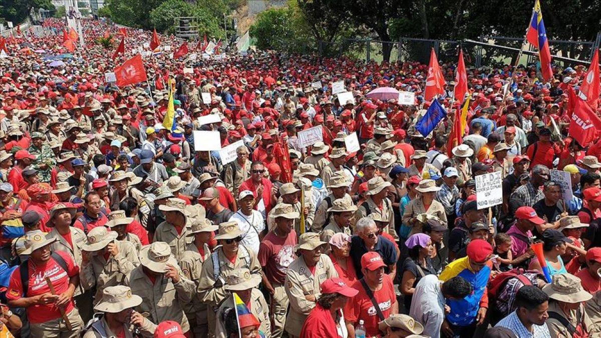 Venezuela'da Başarısız Bir Darbe Girişimi Daha: ABD Yenilmeye Doyamıyor