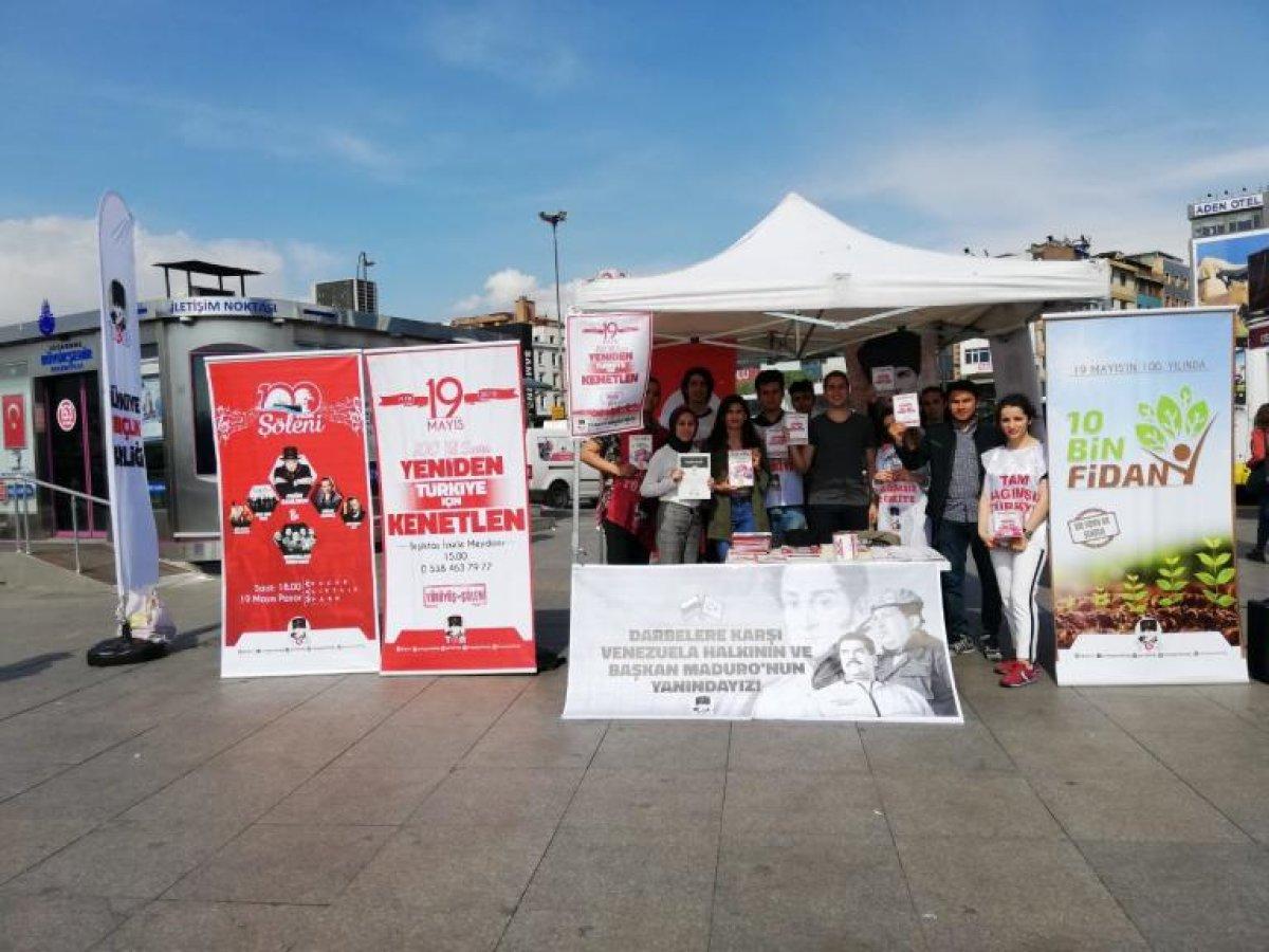 Kadıköy'de Açılan Masamız