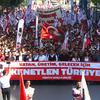 19 Mayıs'ta On Binler TGB İle Atatürk'te Kenetlendi