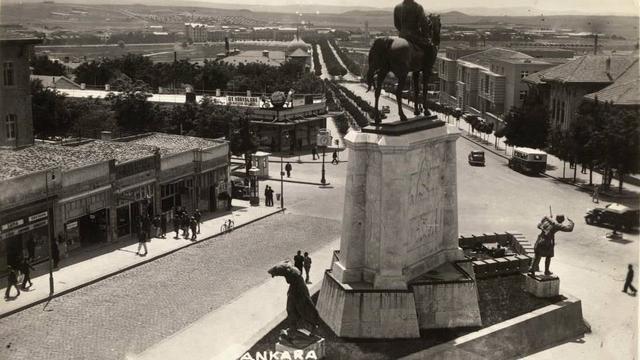 Bahtı Ak Taşı Kara Şehir: Ankara