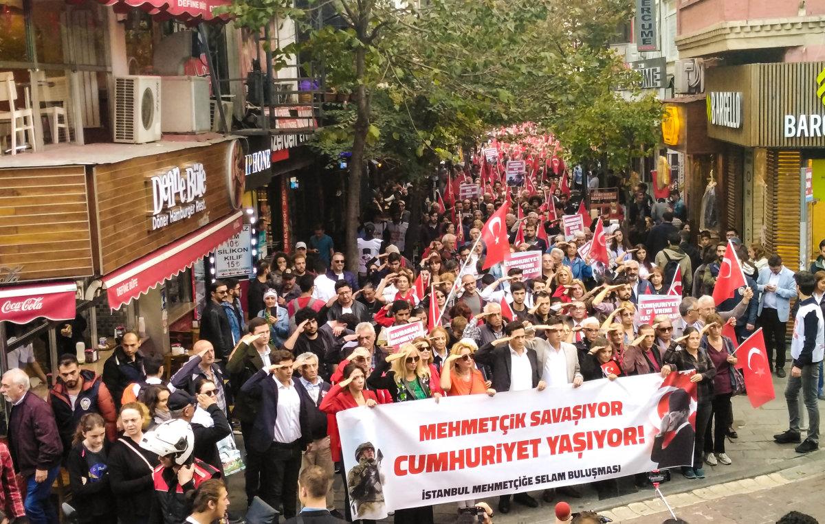 29 Ekim'de İstanbul'dan Mehmetçiğe Selam