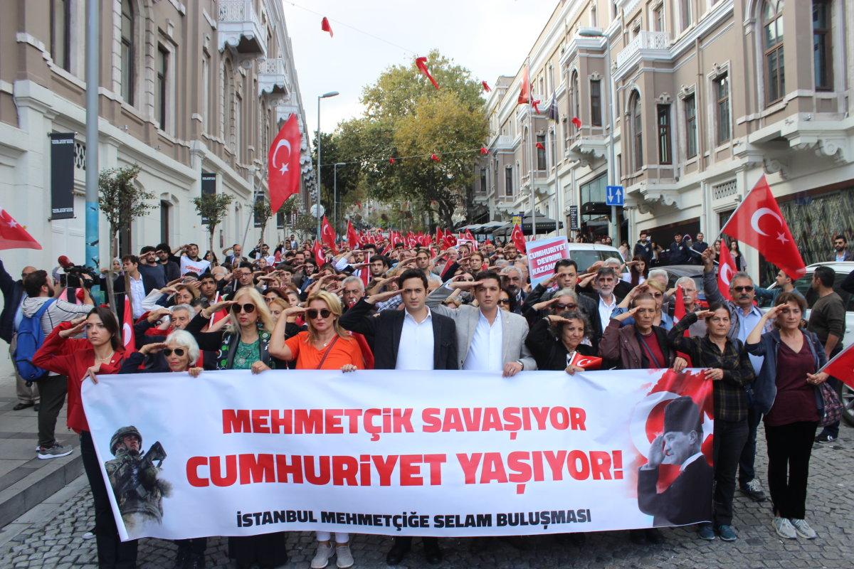 29 Ekim'de Türkiye Mehmetçiğe Selam Gönderdi
