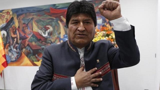 Diren Başkan Morales, Dünya Gençliği Seninle!