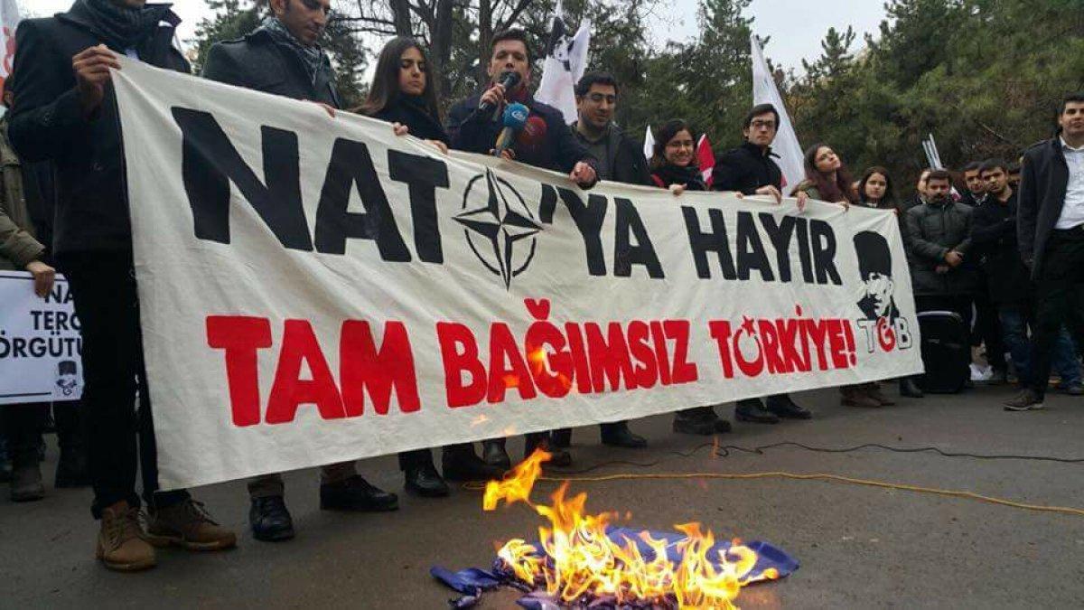 NATO'ya En Olumsuz Bakan Ülke Türkiye